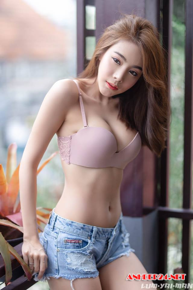 ảnh sex hot girl mông to